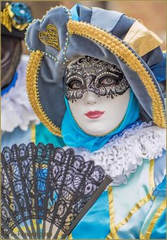 Porcelain Made In China With A Marking Info: 8223688912 Venetian Carnival Masks, Carnival Of Venice, Venetian Masquerade, Costume Carnaval, Masquerade Costumes, Carnival Costumes, Venice Carnivale, Venice Mask, Anastasia