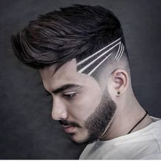 Looking for haircut designs that can take your style to the next level? There's one for you in this album of 17 cool and unique haircut designs. Cool Haircuts, Haircuts For Men, Hair And Beard Styles, Short Hair Styles, Haare Tattoo Designs, Skin Fade Pompadour, Haircut Designs For Men, Cool Hair Designs, Shaved Hair Designs