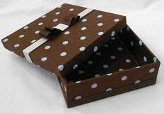 Caixa de madeira forrada em tecido para lembrança de batizado ou casamento <br> <br>temos outros tecidos e estampas