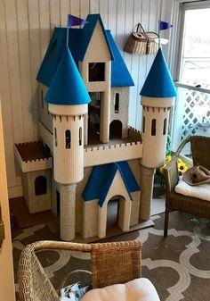 Cardboard Playhouse, Cardboard Castle, Playhouse Plans, Cardboard Toys, Cardboard Furniture, Pet Furniture, Furniture Design, Playhouse Furniture, Cardboard Houses