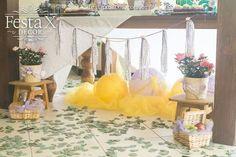 #decoração #aniversário #design #festa #party #rapunzel #tangled #picnic #piquenique #indoor #decorbyrobertadias #partyplanner #festaxdecor #planejamentodeeventos #exclusivo #barradatijuca #riodejaneiro #girls #menina #festalinda #kids #wwwfestaxdecorcombr #tasselgarland #luminária #cabelo #longhair Festa X DECOR o cabelo da rapunzel, de tão comprido, enroscou-se nas luminárias.