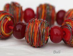 Legen Sie Glasperlen aus meinem Atelier. Das Set besteht aus: 6 Stück Perlen---ca. 1,5 cm x 1,2 cm 7 Stck Rondelle---ca. 0,9 cm X 0, 6cm