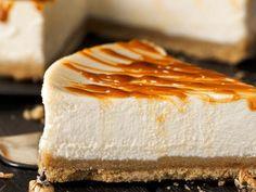 Jak zrobić idealny sernik? Oprócz sera (szukajmy tych z dodatkiem śmietanki nie mleka!), ważny jest pyszny spód. Spróbujcie tych! Pycha! Pie, Food, Cheesecake Recipes, Rice Flour, Ideas, Torte, Cake, Fruit Cakes, Essen