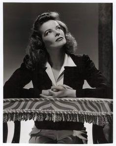 classy, comfortable, sexy, tailored confidence. 'never complain. never explain.' Katherine-Hepburn-1942.jpg 316×400 pixels