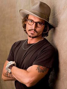 johnny depp sexy hair style with a hat