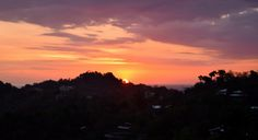 Sunset over te hills of Monteverde // Costa Rica // Pura Vida