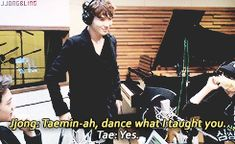 {gif} this gif alone could make me like Taemin .