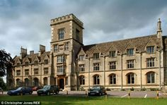 University of Gloucestershire is very popular university in all over the world. This university announced large number of scholarships for international or Pakistani students. In the academic year 2015 university announced MBA scholarships for International students 2015.