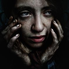 by Lee Jeffries at - Photography Michelle. by Lee Jeffries at - # Lee Jeffries, Photo Portrait, Portrait Photography, White Photography, Street Photography, Poverty Photography, Desenho Tattoo, Street Portrait, Homeless People
