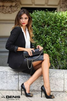 """I ❤️ her cool tight mini dress and high heels, she has long beautiful and sexy legs💋💋💋💋💋 "" The CEO of a major corporation. Just completed a take over of another company. Knows the CEO of. Fashion Tips For Women, Fashion Advice, Womens Fashion, Fashion Ideas, Business Outfits, Business Fashion, Business Lady, Bad Fashion, Black Leather Skirts"