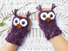 Design Your Own Fingerless Owl Gloves with by MakingsofShannaTice, $27.95