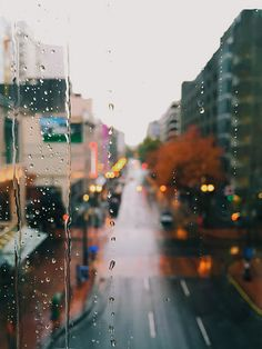 Waiting for the Rain to Stop | Interestingness #420 on Novem… | Flickr