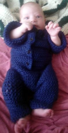 I wrote this pattern while still pregnant, but held it back until I could be certain it would fit an actual baby! As you can see, it does. Douglas is a pretty big boy, easily over 10lbs in this photo,...