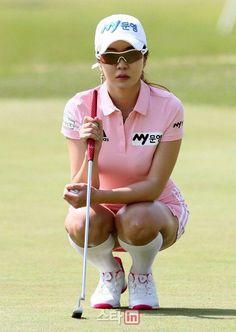 2fa76c468d2 www.golfwrx.com  golfclubgrips Golf Club Grips