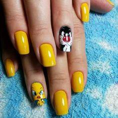 Looney Tunes inspired nail art