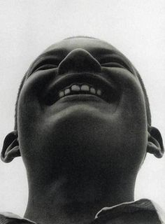 Александр Родченко Пионер Aleksandr Rodchenko, Constructivism, Iron Age, Halloween Face Makeup, Black And White, Instagram Posts, Image, White Photography, Photographers