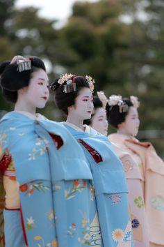 2018 舞妓 祇園東 雛佑さん 平安神宮 例祭 翌日祭 奉納舞踊 -祇園小唄- 2018 maiko, gion higashi, Hinayu at Heian-jingu shrine