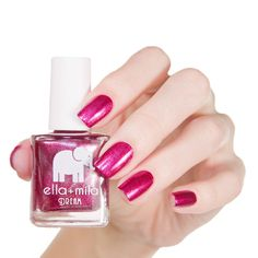 This gorgeous red shimmering nail polish has beautiful silver glitter in it to truly make your nails look bangin'. Collection: Dream