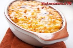 This Tuna Casserole is a TOTAL crowd pleaser! Only 301 calories per serving and made with low-fat dairy products This Tuna Casserole is a TOTAL crowd pleaser! Only 301 calories… Ww Recipes, Cheese Recipes, Fish Recipes, Seafood Recipes, Dinner Recipes, Cooking Recipes, Healthy Recipes, Healthy Tuna, Velveeta Recipes