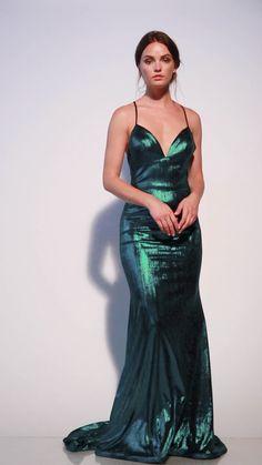 Evening Outfits, Evening Dresses, Prom Dresses, Wedding Dresses, Metallic Dress, Sequin Dress, Couture Dresses, Fashion Dresses, Beautiful Dresses