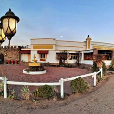 This oasis in the Karoo town Steytlerville is run by a couple, who are also the owners, and they offer a three course meal and theatrical shows every Saturday night. Be sure to be fully entertained left with the feeling to want more!  #Karoo #theatricalhotel #hotel #oasis #theatre #shows #SA