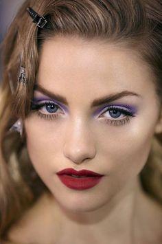 Eye makeup inspiration #glamor #purple #eyes