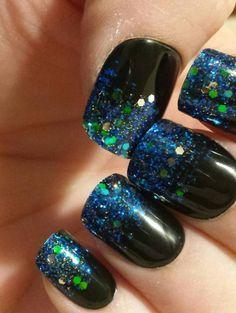 #blacknails #blue #green #glitternails #glitternails2018 #nailart #naildesigns  #naildesign2018