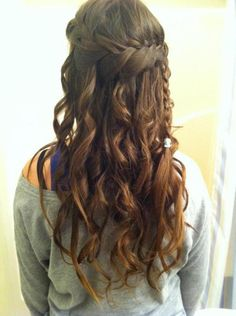 Another cute braid look, but instead of just a rubber band, I'd do a small bow. ;)