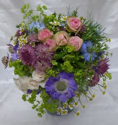 Country style hand-tied bouquet
