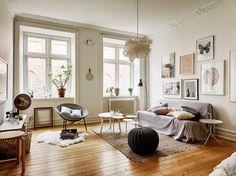 salon avec parquet couleur miel