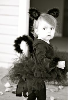 do it yourself divas: DIY: Black Cat Costume. Chan Chan Cahanin this would be a cute halloween outfit for those future granddaughters :) Kitten Costumes, Black Cat Costumes, Funny Costumes, Diy Costumes, Halloween Costumes, Unique Costumes, Costume Ideas, Cute Halloween Outfits, Holidays Halloween