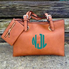 Love this monogram purse from southern fried chics!