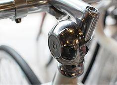 디제이바이크 [ Classic Bell ]AGE Century Classic Bell최저가 판매중입니다^^클래식에 너무 잘어울리는 이쁜 벨