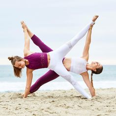 Two Person Yoga Poses, Two People Yoga Poses, Hard Yoga Poses, Couples Yoga Poses, Yoga Poses For Two, Partner Yoga Poses, Cool Yoga Poses, Yoga Poses For Beginners, Yoga For Two People