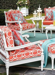 We designed our Glen Isle White Seating Collection to be detail rich, estate scaled, and admired for years. Inspired by neoclassical interiors, the aluminum frames are expertly double-cast in molds that are handcarved by master artisans. Outdoor Garden Furniture, Outdoor Rooms, Rustic Furniture, Living Room Furniture, Home Furniture, Outdoor Living, Furniture Design, Outdoor Decor, Antique Furniture