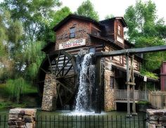 When you need a break from the wild roller coaster fun, take a seat by the Mill at Dollywood. You're not ready to head back to your Pigeon Forge vacation rental yet, are ya?
