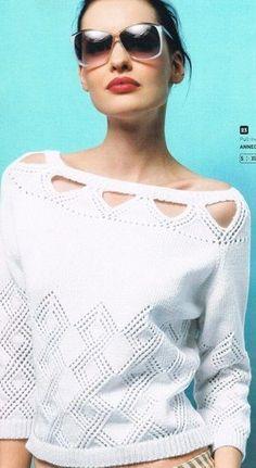 Белый пуловер спицами 2019