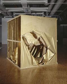 """Saburo Murakami Passage, 8th of November, 1994 ( Crossing the screens of paper) 1994 Wood, kraft paper, gold powder 240 x 240 cm  #gold #art inspiration #SaburoMurakami. Reconstruction in Paris of a performance of the artist realized in Tokyo in 1956 during the second exhibition """" Gutaï """"."""