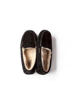 Kyoko Kikuchi's Closet | カラダにキモチに優しい靴