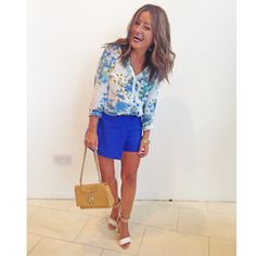 Blue and floral Bank Holiday, Going Out, Zara, How To Wear, Blue, Tops, Florals, Sunday, Style