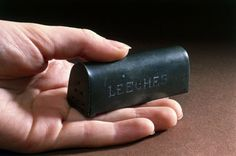 Pewter box for transporting leeches, 19th century