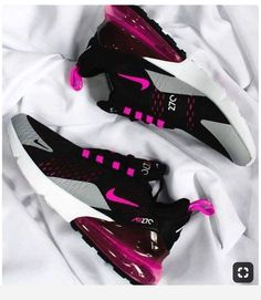 Clothes & Shoes Damen Nike Air Max 270 Schuhe 268 SH Women's Clothing - Today's Fashions Today's wom Nike Air Max For Women, Nike Women, Cute Sneakers, Sneakers Nike, Souliers Nike, Hype Shoes, Fresh Shoes, Mode Outfits, Fashion Outfits