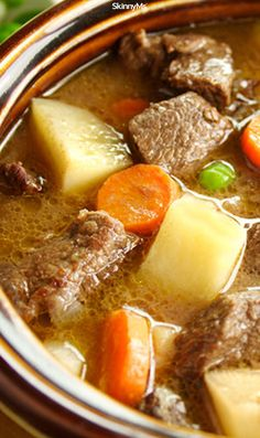 Slow Cooker Thick & Chunky Beef Stew #slowcooker #stew #cleaneating