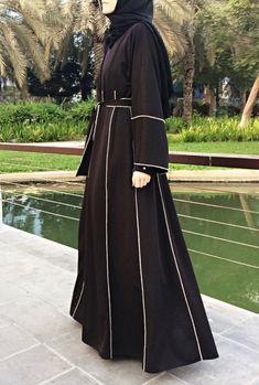 Hemming Stitch Abaya with Panels - Black / Plus Size Abaya / Dubai Abaya / Kimono Abaya / Open Front Abaya / Eid Abaya / Jersey Abaya / Iranian Women Fashion, Islamic Fashion, Muslim Fashion, Womens Fashion, Abaya Dubai, Saudi Abaya, Abaya Pattern, Modern Abaya, Black Abaya