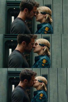 Allegiant kiss scene