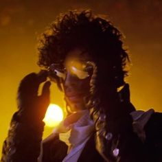 Your Daily Prince: Backlighting anyone?