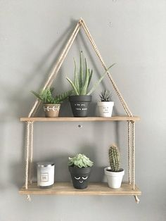 Phenomenon Diy Hanging Shelves For Simple Storage And Beautiful Decor Ideas . deko ideen Phenomenon Diy Hanging Shelves For Simple Storage And Beautiful Decor Ideas . - Home Decor Art Cute Dorm Rooms, Cool Rooms, Diy Hanging Shelves, Rope Shelves, Storage Shelves, Shelving Ideas, Salon Shelves, Pallet Shelves Diy, Shelf Ideas