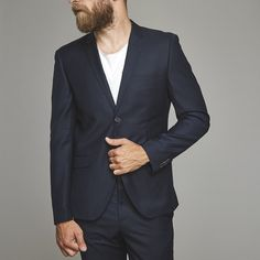 - Simple and clean blazer- Tailored fitted blazer- Fits perfect with Austin pantsModel is size medium and wearing size Polyester - Viscose Blazer Buttons, Suit Jacket, Suits, Navy, Jackets, How To Wear, Shopping, Fashion, Hale Navy