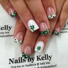 Another pretty looking four leaf clover nail art design in French tip. Add more glamour to your French tips by making them into tiny clover leaf and polka dot designs with glitter.