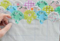 Colchas Quilting, Quilting Templates, Quilt Patterns Free, Clamshell Quilt, Hexagon Quilt, Hexagons, Patch Quilt, Quilt Blocks, Paper Peicing Patterns